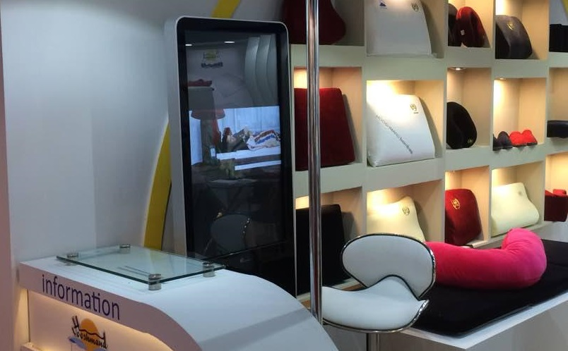 اجاره تجهیزات نمایشگاهی نیوتک در غرفه هوشمند
