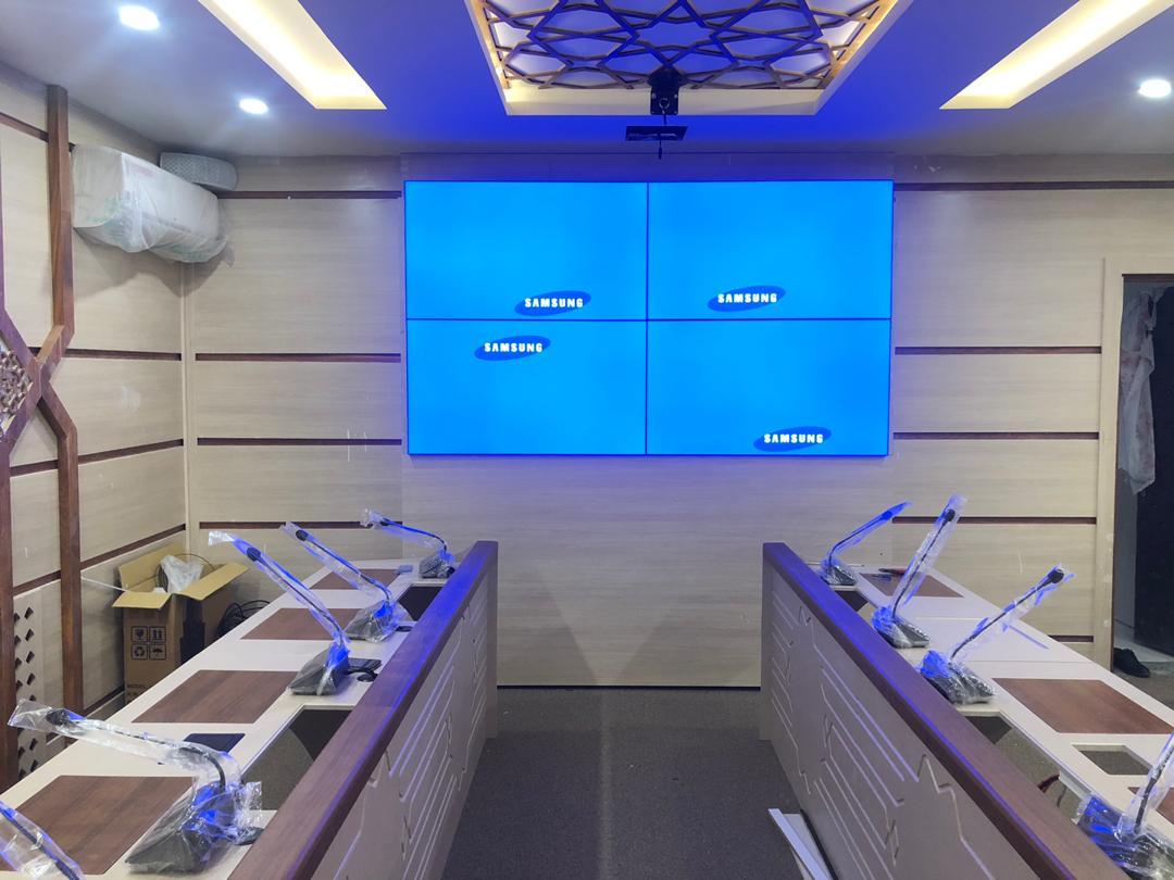 نصب ویدئو وال نیوتک با پنل سامسونگ در کمیته امداد بیرجند